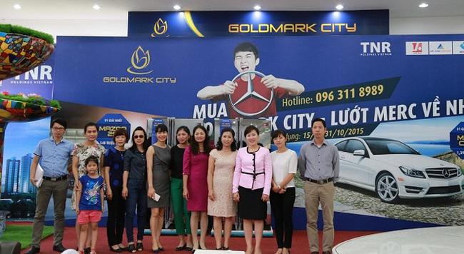 Goldmark City trao tặng giải thưởng với tổng giá trị 2,4 tỷ cho khách mua nhà