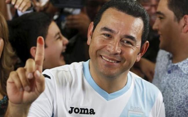Cựu danh hài trúng cử Tổng thống Guatemala