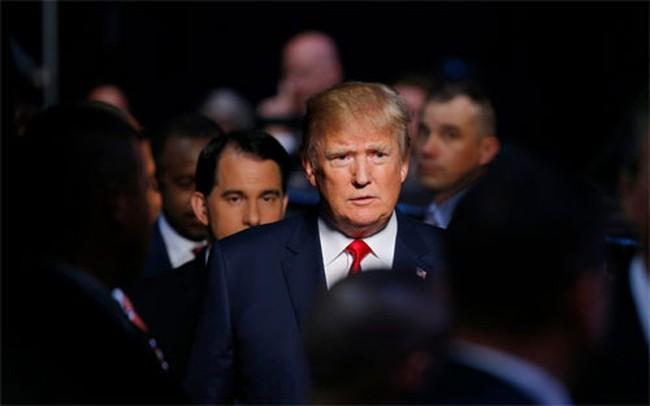 Donald Trump úp mở về khả năng từ bỏ đua vào Nhà Trắng