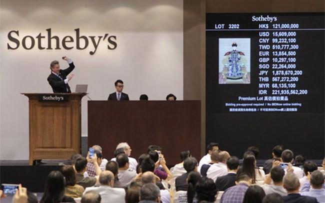 Chứng khoán hết thời, nhà giàu Trung Quốc mua gì?