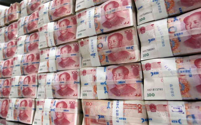 """Trung Quốc có thể """"đỡ"""" tỷ giá Nhân dân tệ đến bao giờ?"""