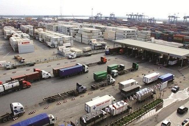 Doanh nghiệp Xuất nhập khẩu: Kêu trời vì cước phí vận tải biển