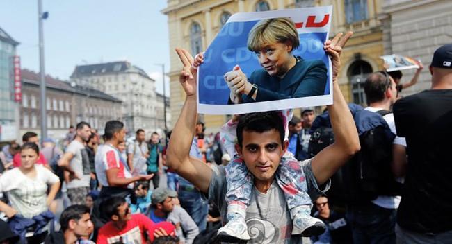 """Đức đã """"ăn đủ"""" với người tị nạn?"""