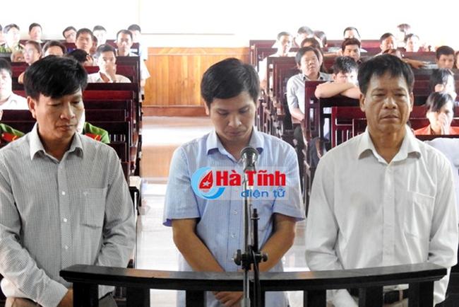 """Nguyên GĐ Công ty Cao su Hà Tĩnh """"bóc lịch"""" 11 năm rưỡi vì tham ô"""