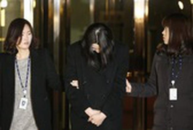 Con gái sếp Korean Air Lines lãnh án 1 năm tù
