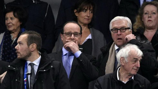 Tổng thống Pháp biết tin về khủng bố như thế nào?