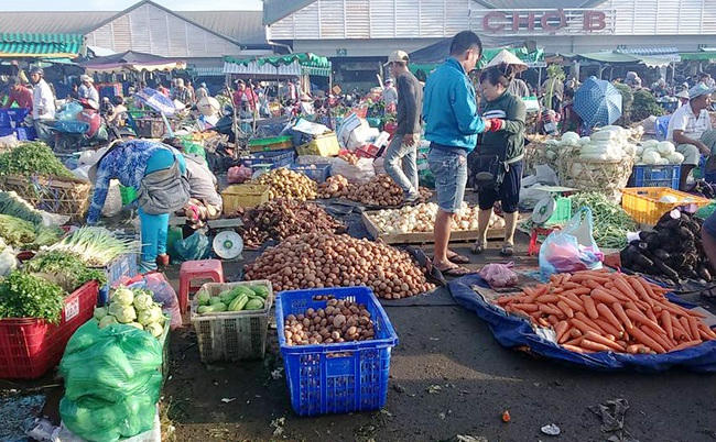 Rau củ Trung Quốc lại tràn ngập thị trường