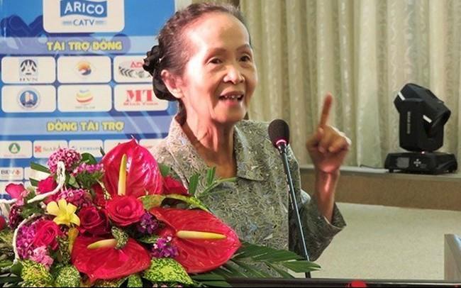"""Bà Phạm Chi Lan: Không bán ''bò sữa tỷ đô"""" lấy tiền đầu tư vô bổ"""
