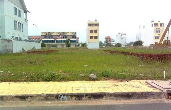 Cán bộ phường giở độc chiêu bán đất ảo
