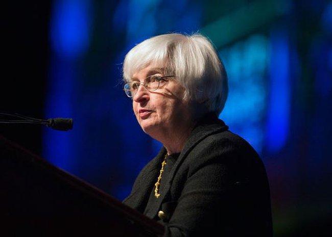 Tâm điểm tranh cãi khi FED xem xét nâng lãi suất