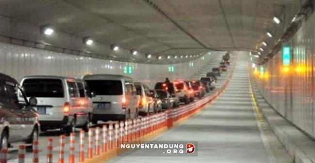 Nghiên cứu đầu tư xây dựng nút giao thông Nguyễn Văn Linh - Nguyễn Hữu Thọ