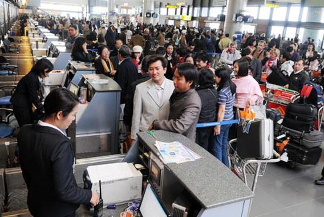 DN mua nhà ga sân bay: Người dân liệu có được hưởng lợi?