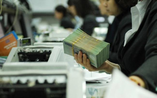 Chi trả nợ và viện trợ chiếm đa số các khoản chi tiêu của NSNN
