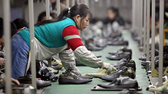 Hoạt động sản xuất của Trung Quốc vẫn trì trệ trong tháng 6