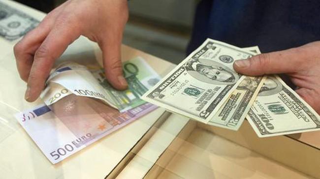 1 euro = 1 USD có ý nghĩa gì?