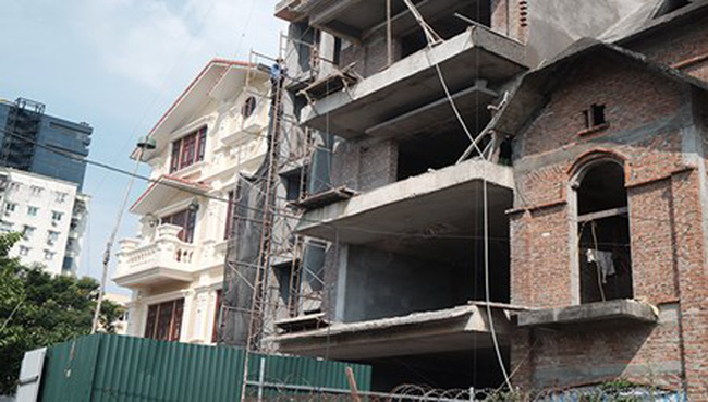 Dân bất bình vì công trình xây sai quy hoạch
