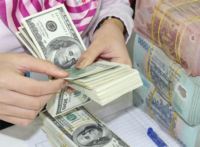 Các ngân hàng đồng loạt tăng mạnh tỷ giá, lên tới 22.480 đồng