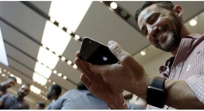 Tại sao Apple hiếm khi đáp ứng yêu cầu từ người dùng iPhone?