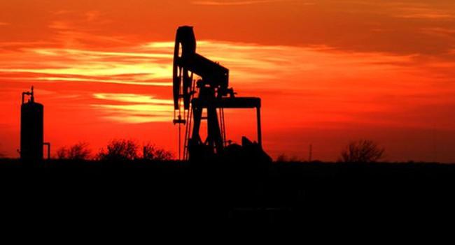 """Vỡ """"bong bóng dầu đá phiến"""" gây những hậu quả khó lường cho Mỹ"""