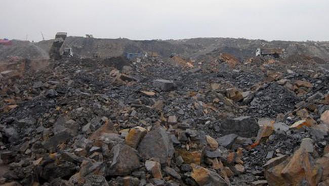 """Xác minh tố cáo """"chôn than"""" trong mỏ ở Cty than Hạ Long"""