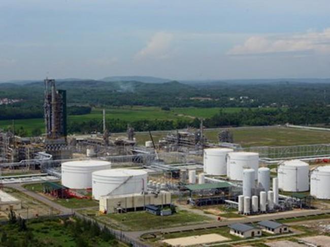 PVN đề nghị điều chỉnh thuế nhập khẩu cho xăng dầu Dung Quất