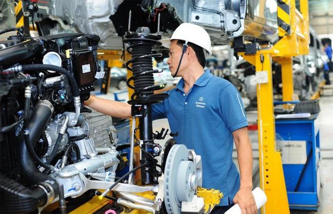Ôtô made in Việt Nam: Chiều ông lớn, phá cam kết WTO?