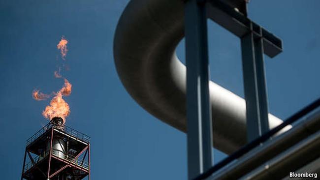 Đằng sau đà hồi phục của giá dầu