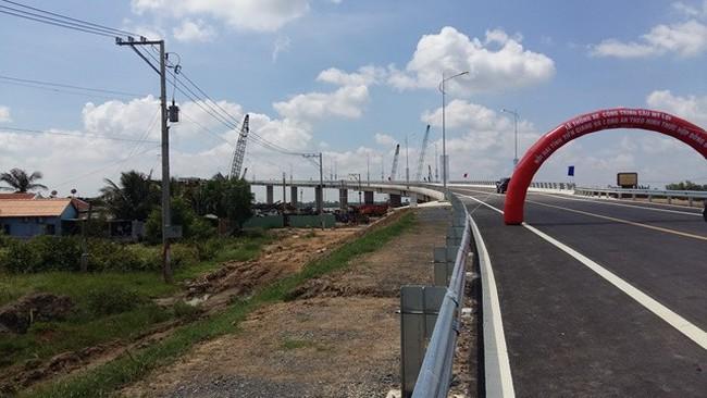 Khánh thành cầu Mỹ Lợi nối Tiền Giang và Long An