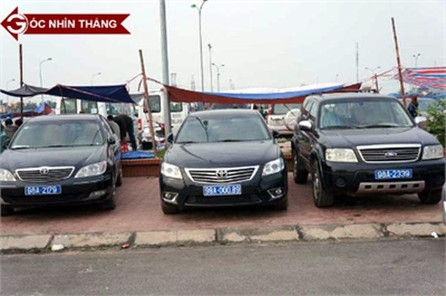 Vì sao không có thêm thứ trưởng dùng taxi đi làm thay cho xe công?