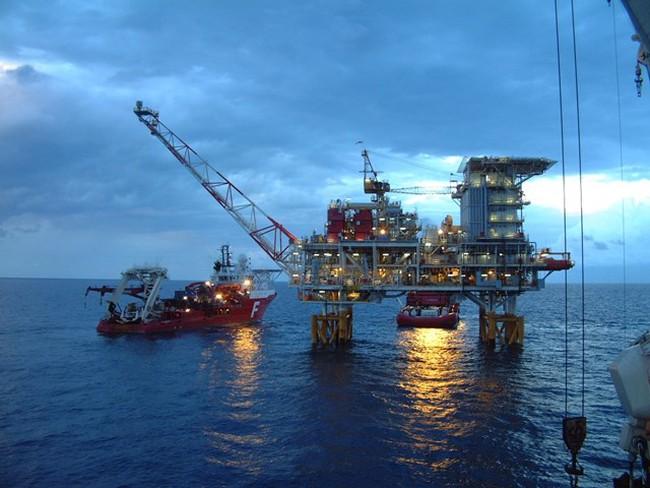 Sản lượng khai thác dầu thô năm 2016 dự kiến giảm gần 9%