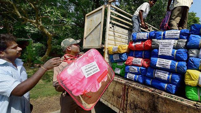 """Nepal: """"Đừng gửi đồ ăn thừa cho chúng tôi"""""""