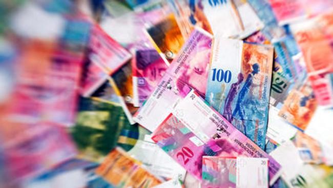 Kinh tế Thụy Sĩ chật vật với đồng franc