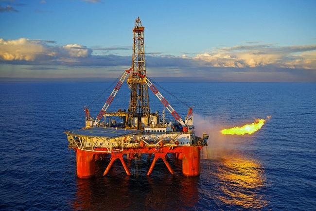 Cổ phiếu dầu khí: Tâm điểm trong 6 tháng cuối năm 2015