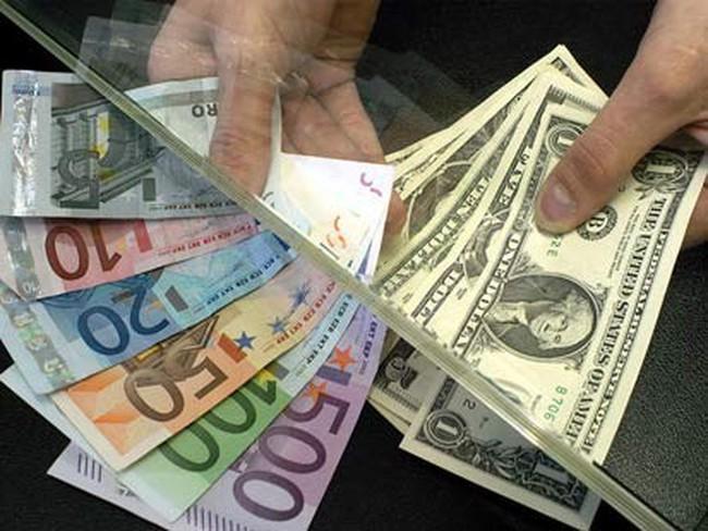 Biến động tỷ giá USD và Euro, DN xuất nhập khẩu lo lắng