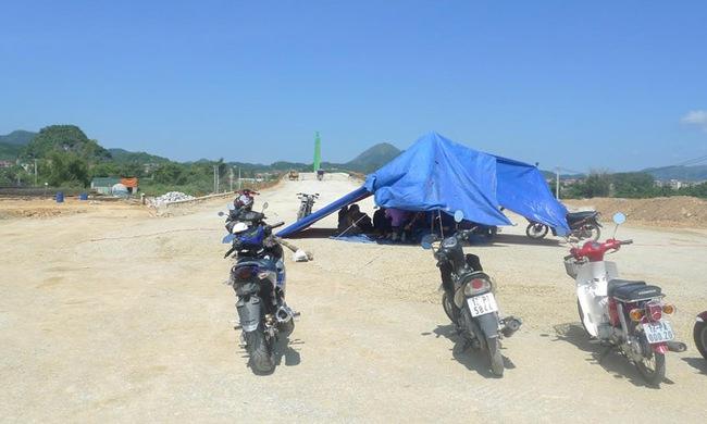 Lạng Sơn: Người dân đòi nhà tái định cư