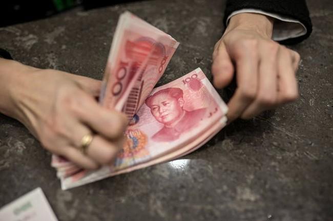 """Trung Quốc mắc """"bẫy"""" tiền tệ?"""