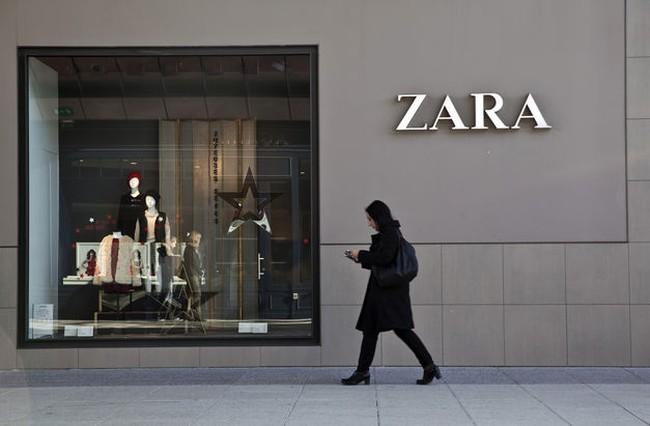 Ông chủ của Zara trở thành người giàu thứ ba thế giới