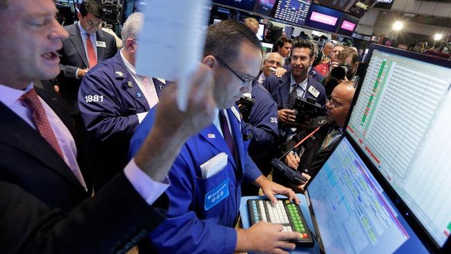 Dow Jones và Nasdaq đồng loạt lập kỷ lục