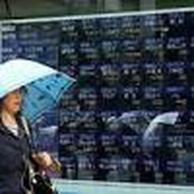 TTCK mới nổi tăng điểm khi nguy cơ rút vốn lắng dịu