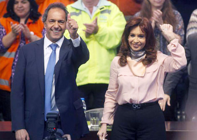 Gay cấn tổng tuyển cử bầu Tổng thống ở Argentina