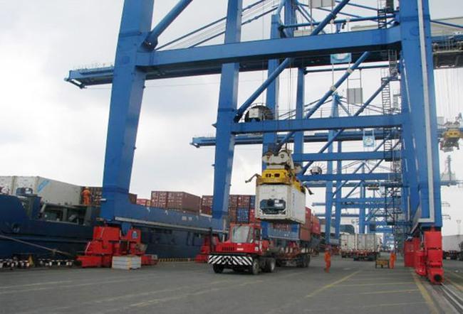 Tổng Công ty Tân Cảng Sài Gòn đề xuất cơ chế cho tàu cập cảng Phú Hữu