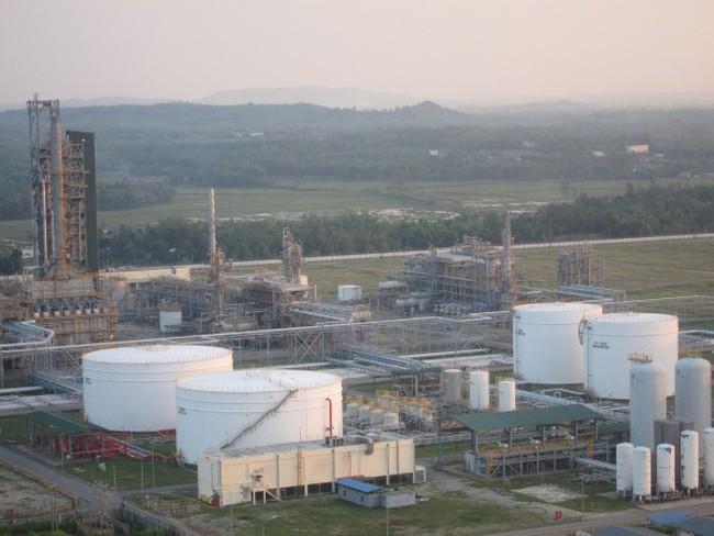 Lọc dầu Dung Quất ùn ứ sản phẩm vì chênh lệch thuế