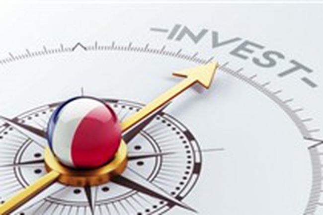 Tiền rút khỏi chứng khoán thị trường mới nổi mạnh nhất 7 năm