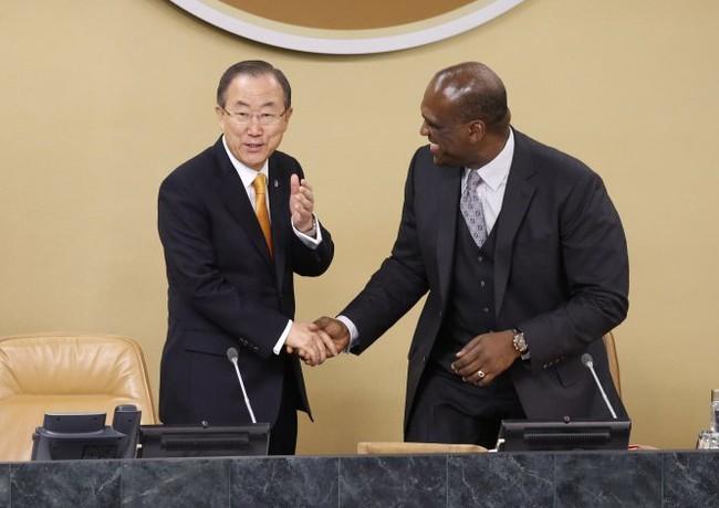 Liên Hiệp Quốc sốc vì bê bối hối lộ