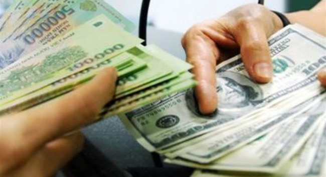 Biến động giá USD tác động đến doanh nghiệp