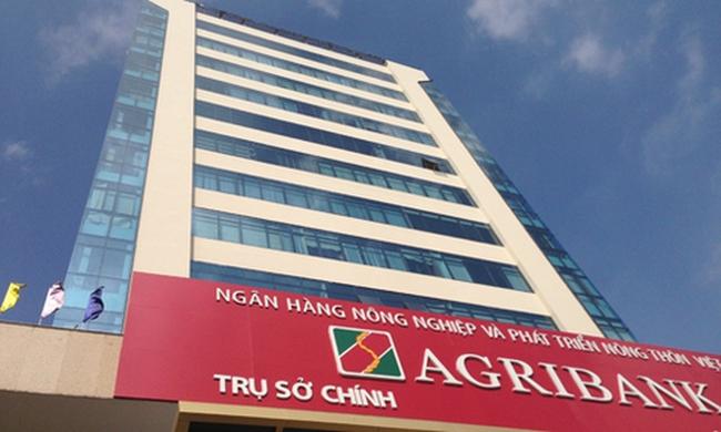 Lao động bỏ việc nhiều, Agribank phải ưu ái tuyển người nhà?