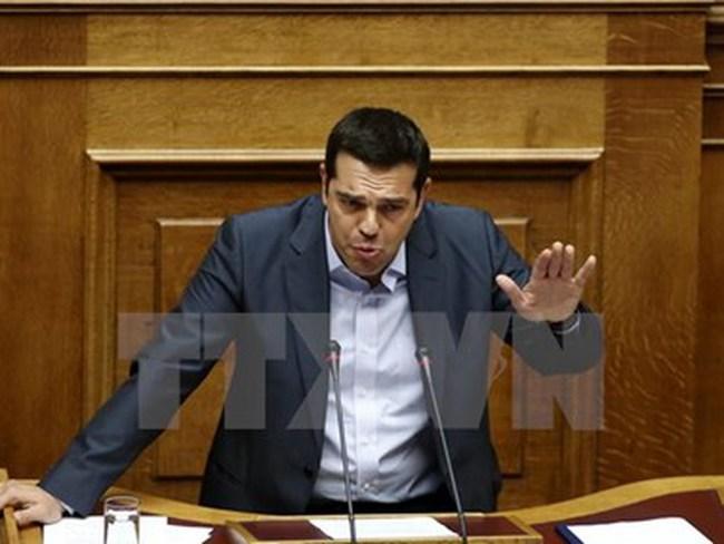 Thủ tướng Hy Lạp Alexis Tsipras bất ngờ đệ đơn từ chức