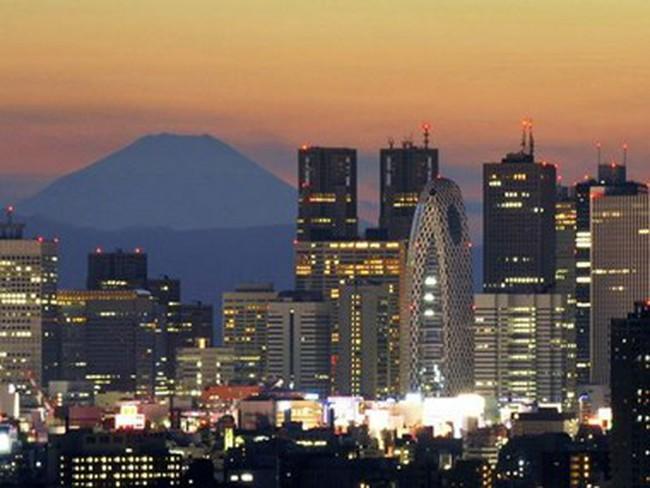 Kinh tế Nhật Bản thoát khỏi suy thoái trong quý cuối 2014