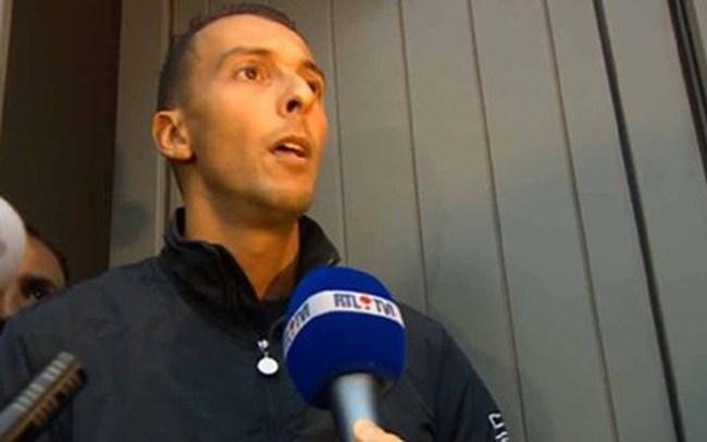 Anh trai của nghi can khủng bố Paris kêu gọi em trai ra đầu thú