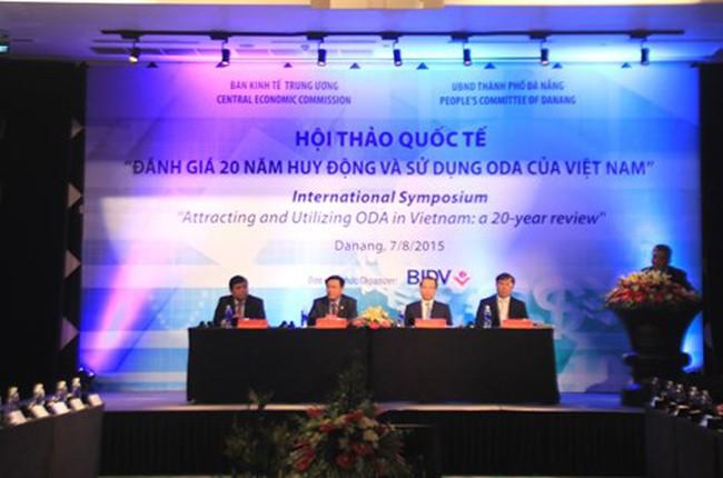 """Việt Nam và nỗi lo sau khi """"tốt nghiệp ODA"""""""